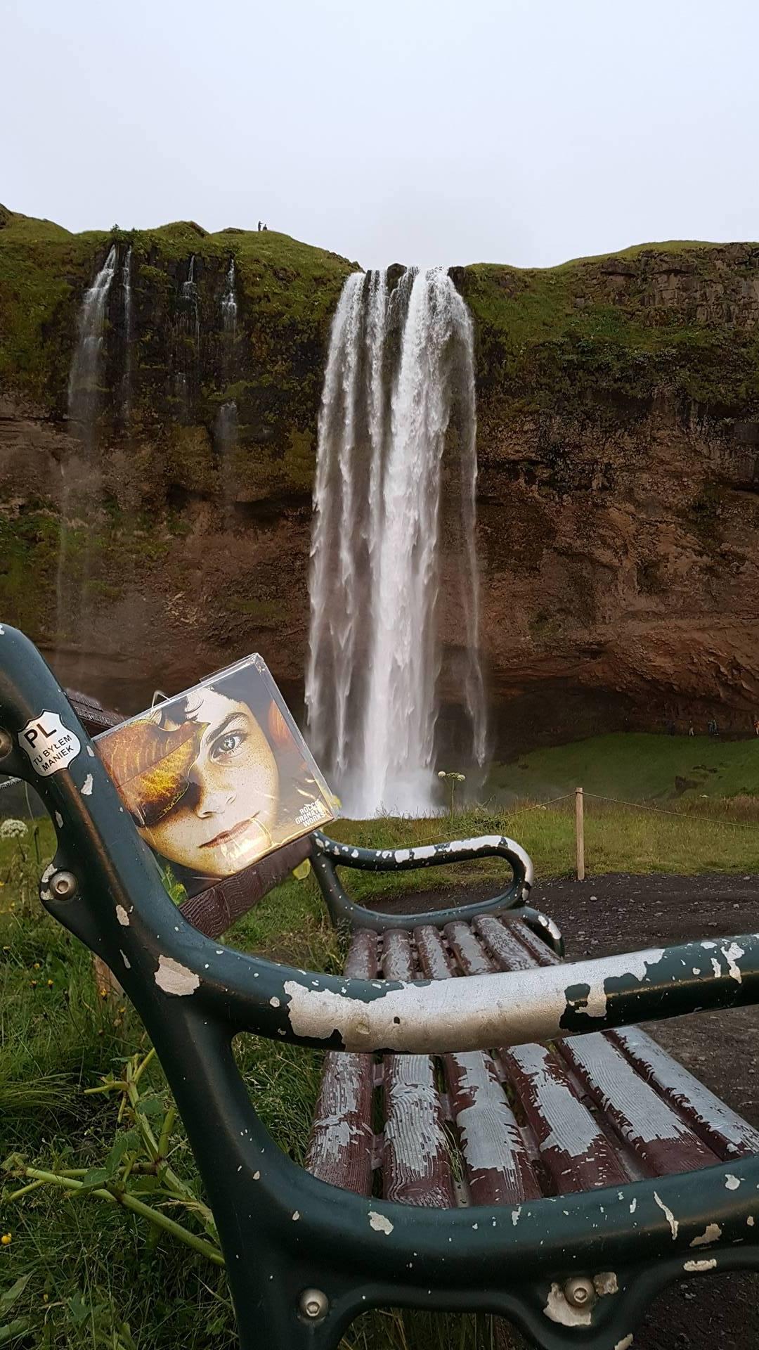 Iceland – Seljalandsfoss – Cd 215/300 Rocco Granata Works art installation